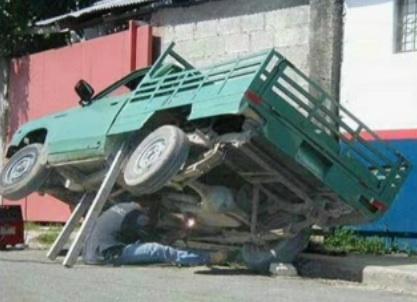 Truck tilter
