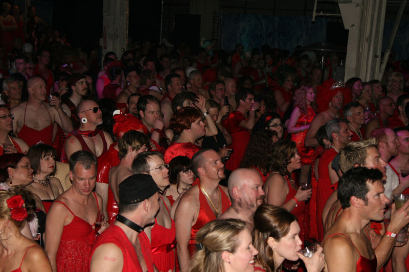 red dress4