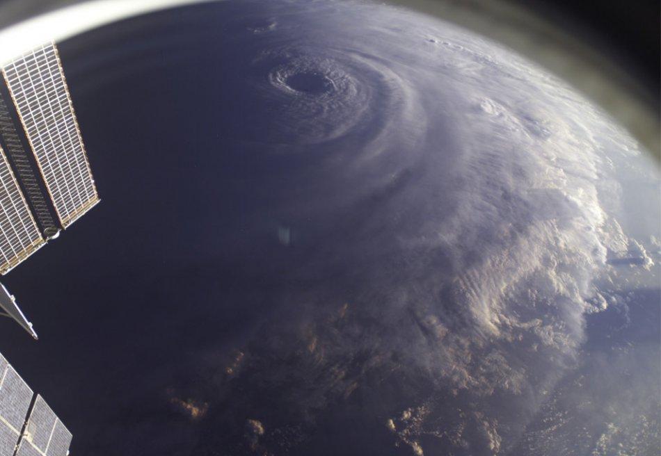 Hurricane Ike4