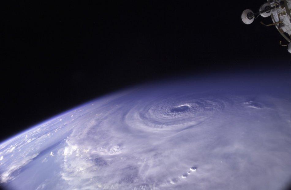 Hurricane Ike5