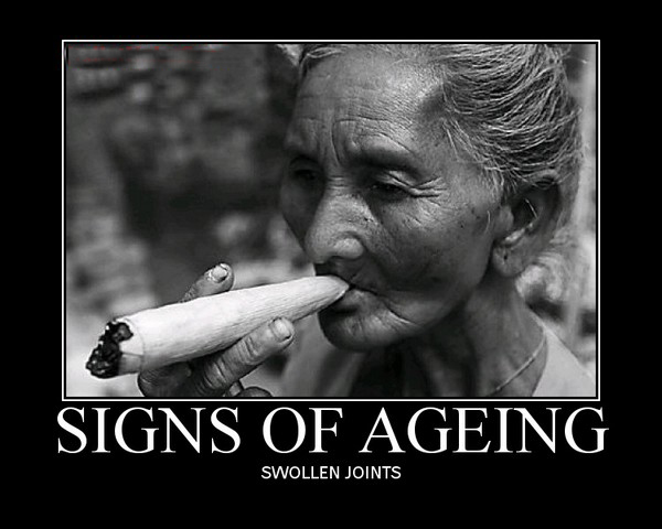 old age swollen joints