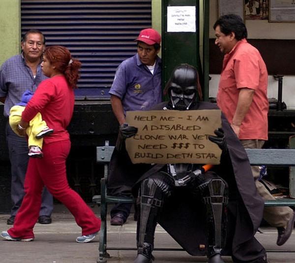 darth-vader-beggar