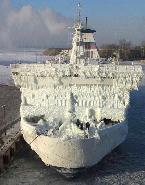 frozen-ship