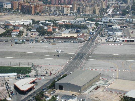 GibraltarAirportRoadF