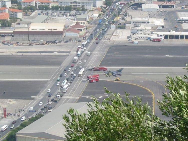 GibraltarAirportRoadG